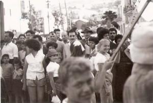 קהל בחיפה במצעד 1 במאי 1957