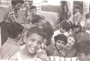 ילדים ב'גן העצמאות', חיפה   1 במאי 1957