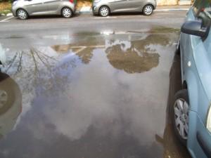 השתקפויות במים ברחובנו !!!