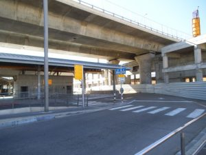 בצד ההוא נבנית תחנה לרכבת העמק